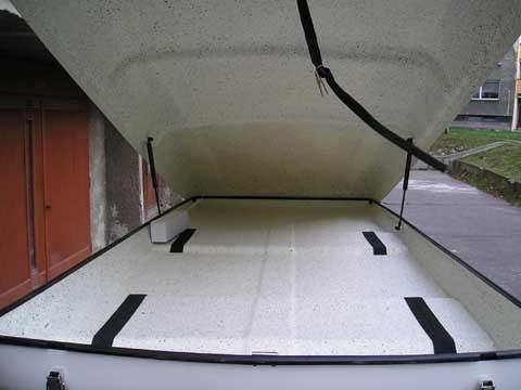 Autobox Neubox A-1100 stříbrná metalíza